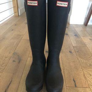 Hunter Tall Rain Boots Matte Navy 8